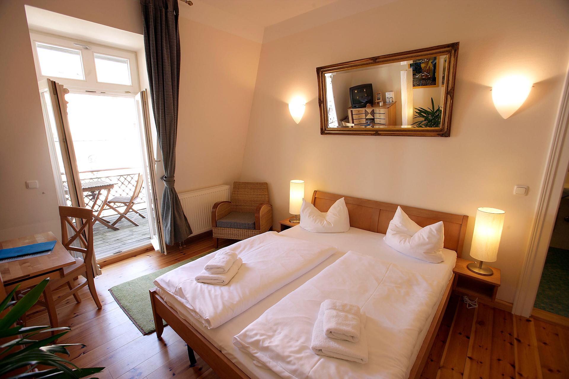 doppelzimmer no 36 villa glaeser ferienwohnungen bansin. Black Bedroom Furniture Sets. Home Design Ideas